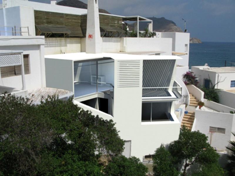 Reforma de una vivienda en la playa estudio de - Vivienda en almeria ...